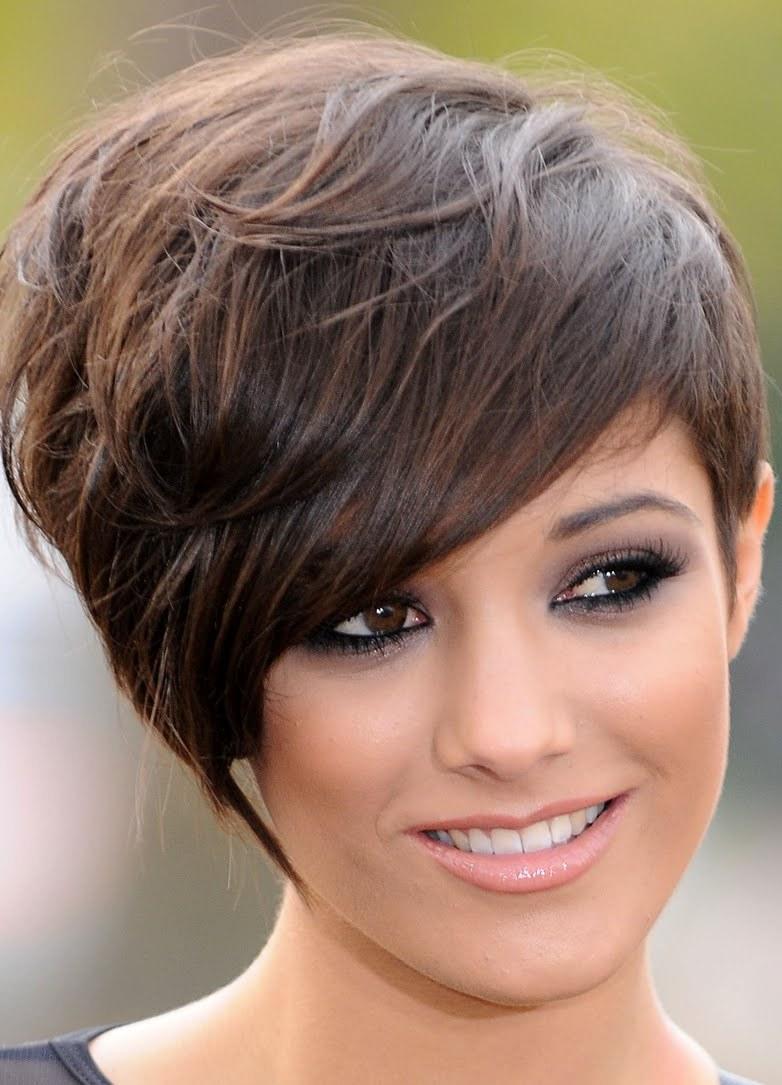 Прически на короткие волосы стильная фото женские с челкой