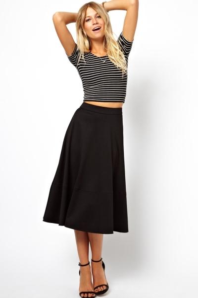 Купить юбку и короткий топ