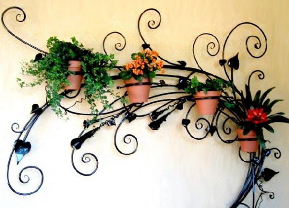 Подставки на стену для цветов