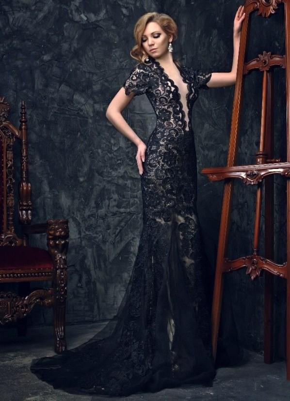 Гипюровое платье в пол черное с