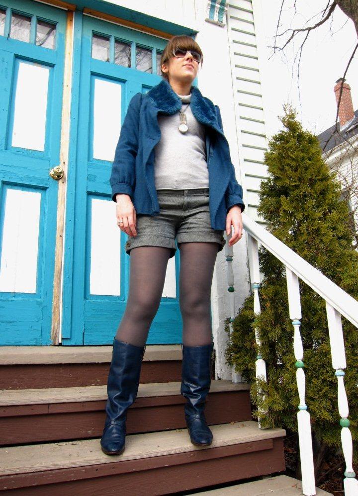 Синее сапоги с чем носить