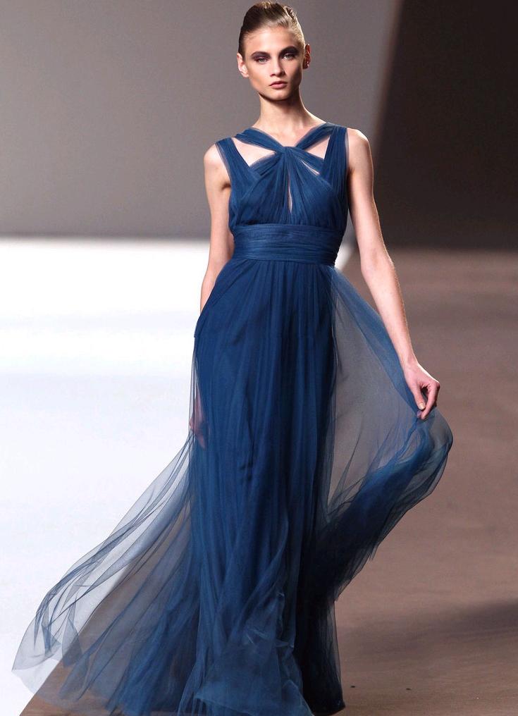 Длинные платья значение
