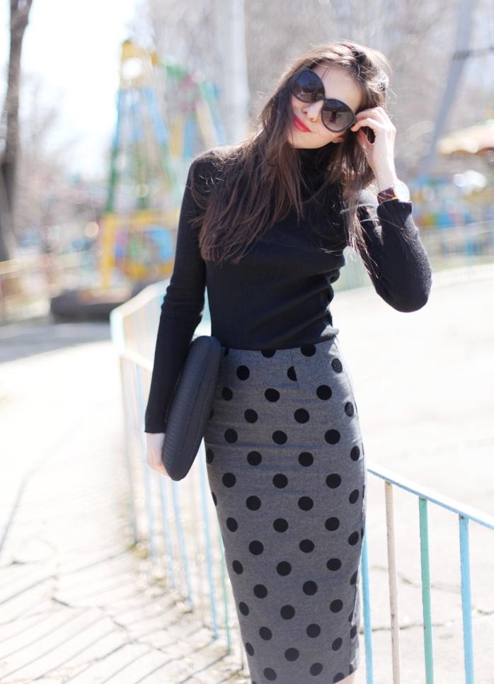 С чем носить прямую трикотажную юбку