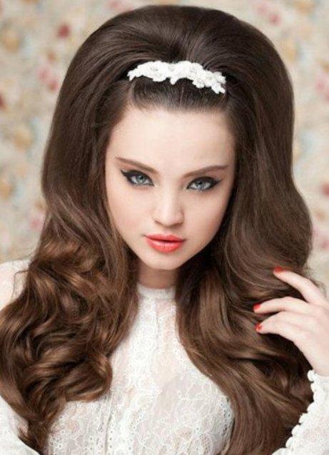 Свадебные прически для длинных волос: распущенные локоны.  Эксперименты с новыми стрижками как раз накануне свадьбы...