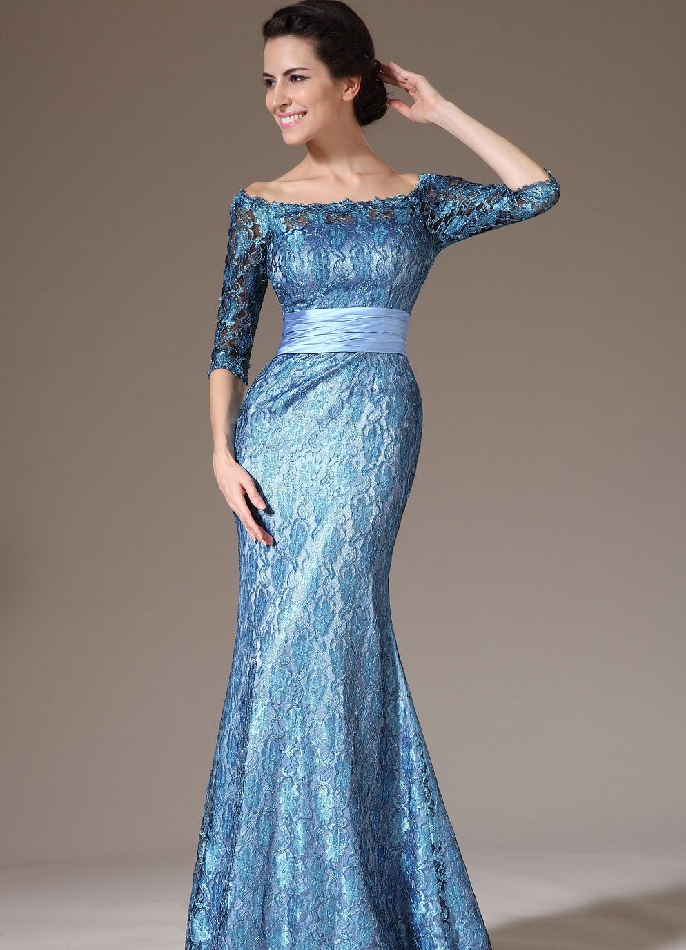 Длинное кружевное вечернее платье