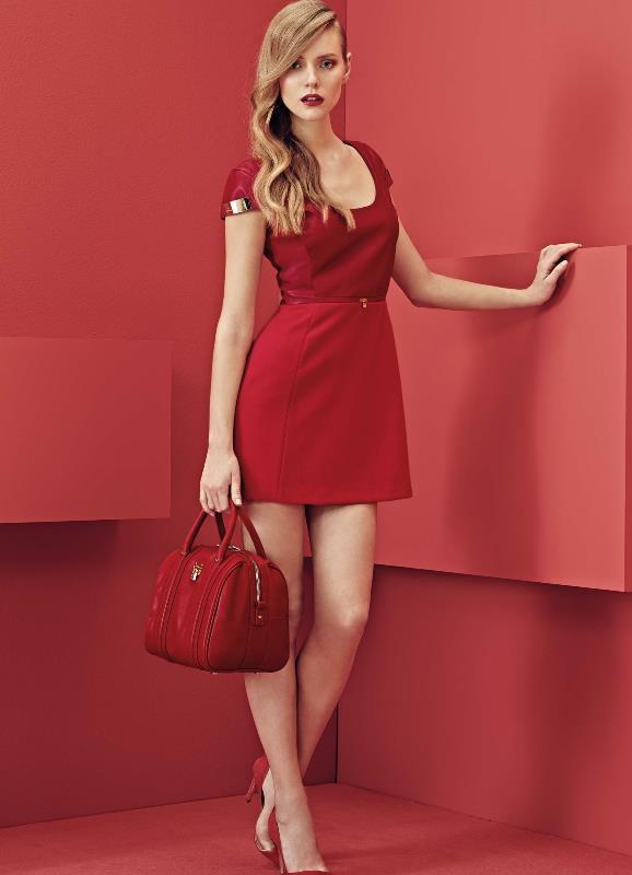 Elisabetta franchi  красное