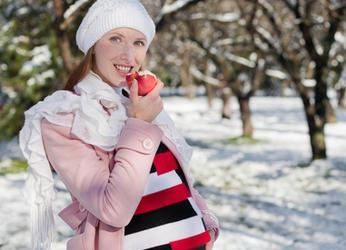 Фотосессия беременных зимой на улице
