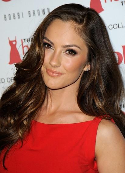 макияж под красное платье фото