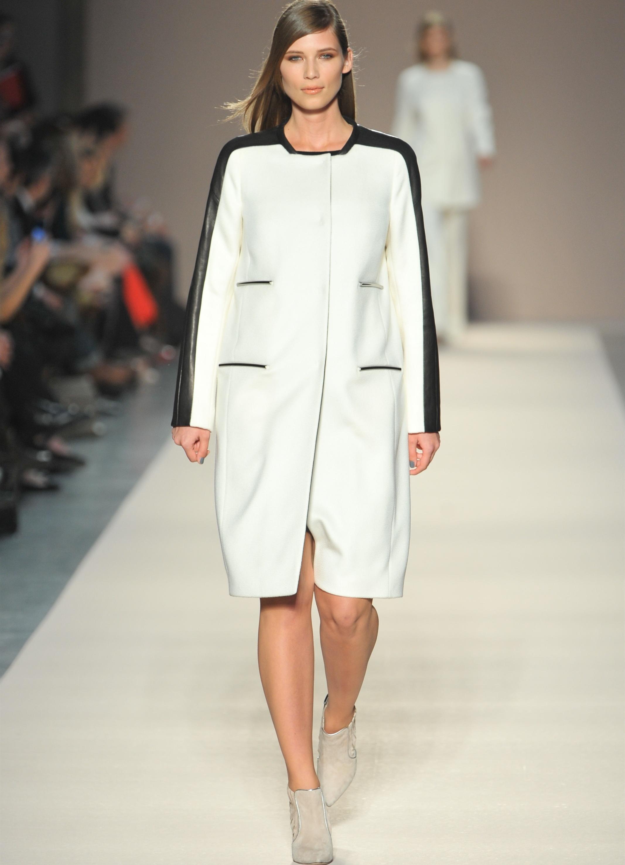 Осенние куртки для полных девушек недорого