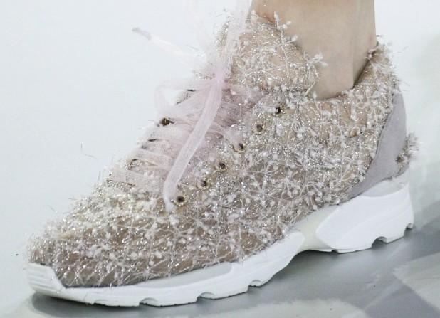 Креативные сапожки на каблуках