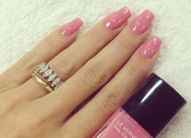 Нарощенные ногти розовые