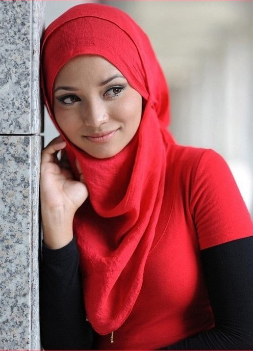 secretary muslim women dating site Vlogger tackles misunderstandings surrounding dating as a muslim woman i remember my friend's friend at social events 10 years ago when she was dating her husband-to-be she was so happy he was so charming he was the type of man who insisted on paying for all her friends at the table if they were single or unaccompanied by a husband.