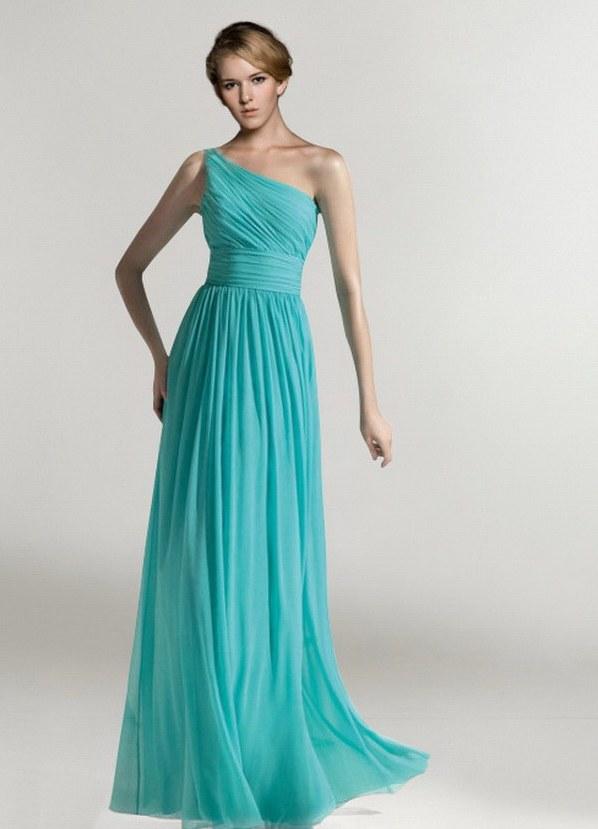 Летом платья
