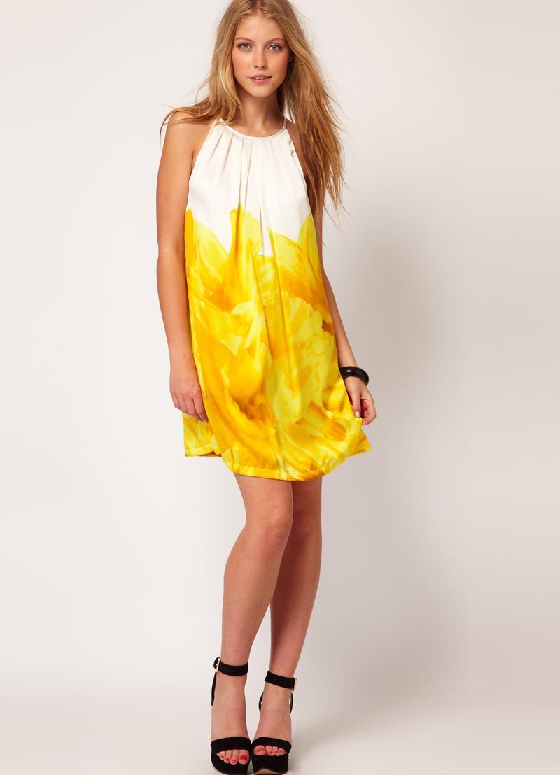 Платья под цвет волос