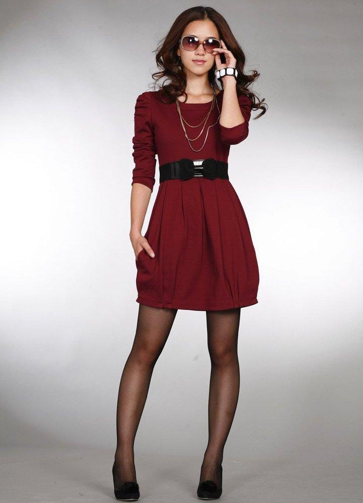 Платье с ремешком на поясе