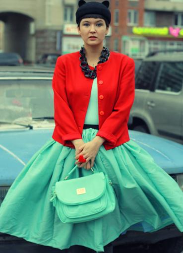 Красная юбка пышная до колен