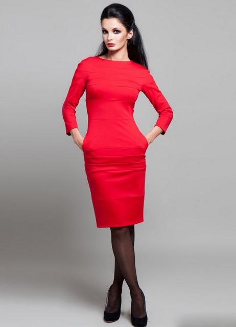 Черные туфли под красное платье