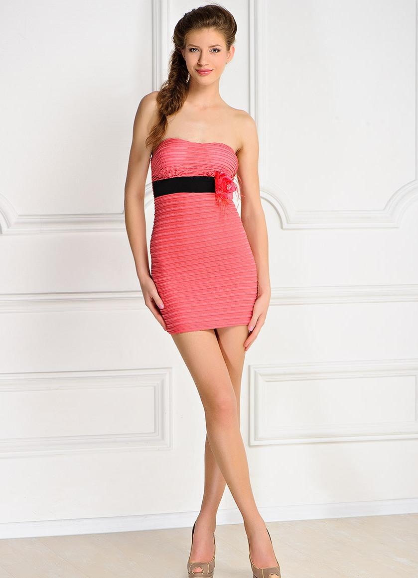 Узкие короткие юбки у телок 7 фотография
