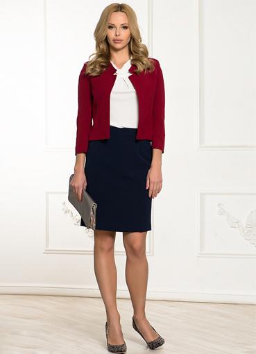 Бордовый жакет с юбкой