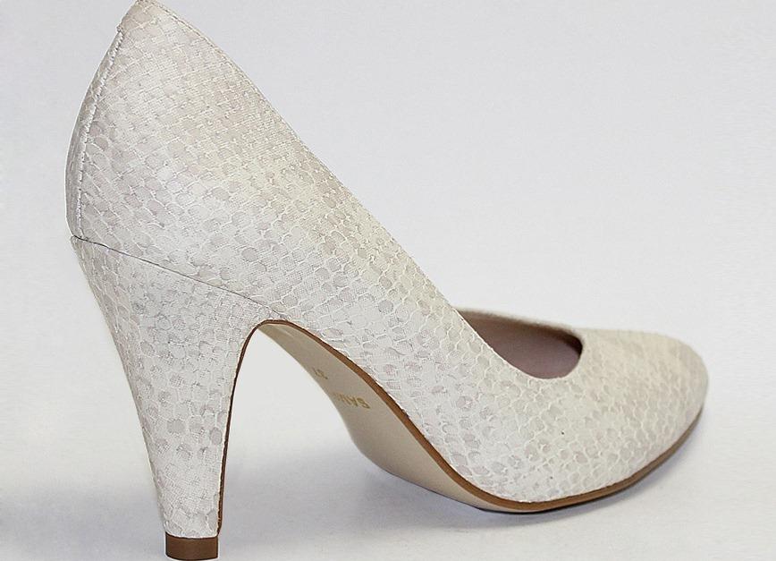 Осенние женские туфли на низком каблуке