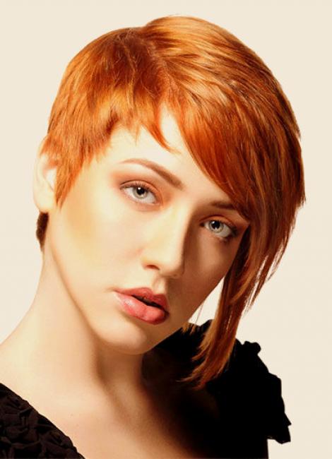 Фото женских ассиметричных коротких стрижек