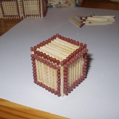 как сделать кубик из спичек 1