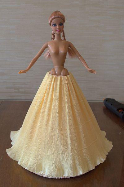 Платье из гофробумаги для куклы