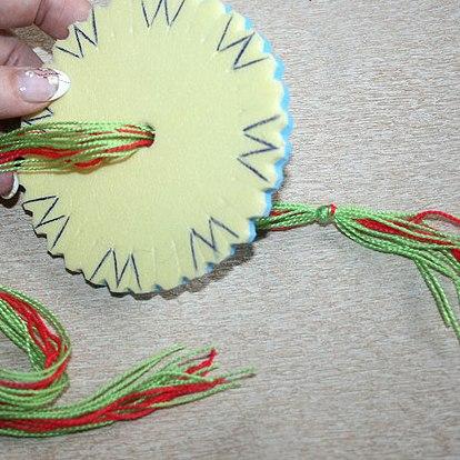 японского шнурка кумихимо.