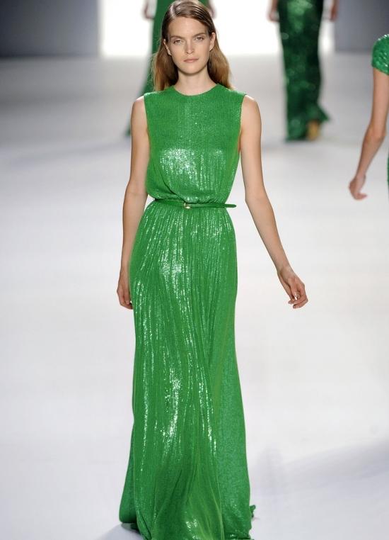 Секретами о том, как зрительно увеличить свой рост при помощи платья, Длинные платья (или юбки