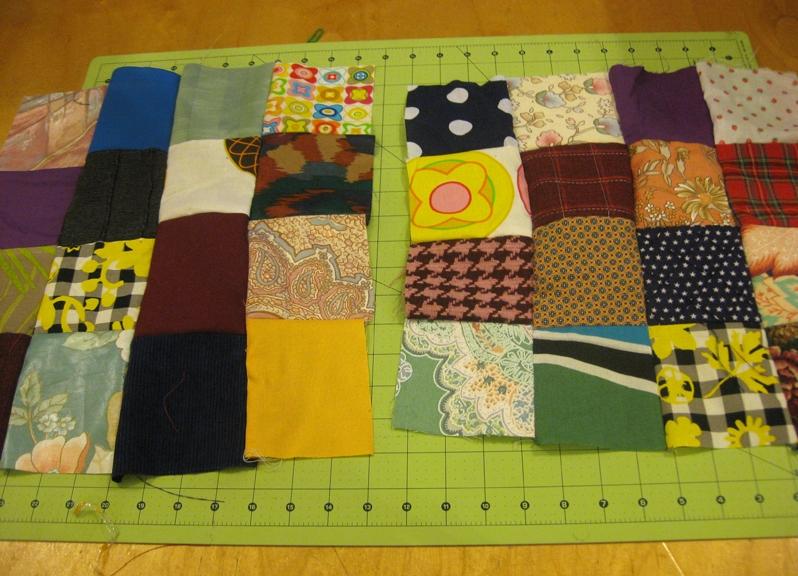 Суок хочет сшить лоскутное одеяло размером 2м на 1м 2дм
