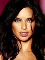 Адриана Лима без макияжа