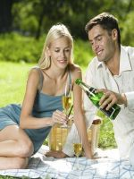 Агатовая свадьба: что дарить?