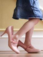 Что делать, если туфли спадают?