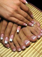 Гелевое наращивание ногтей