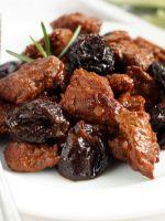 Говядина с черносливом – рецепт