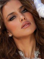 Ирина Шейк - макияж