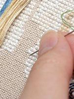 Как правильно вышивать картины крестиком?