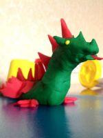 Как слепить из пластилина дракона?