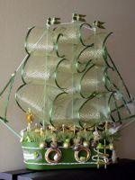 Корабль из конфет - мастер-класс