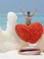 Коралловая свадьба: что дарить?