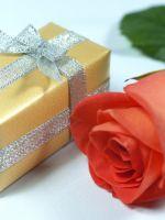 Подарки на 8 Марта коллегам