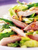 Салаты с кедровыми орехами – рецепты