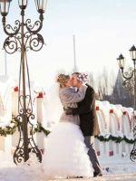 Снежная королева - как одеться на свадьбу зимой?