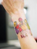 Татуировки для девушек на запястье