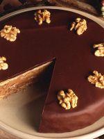 Торт шоколадно–ореховый