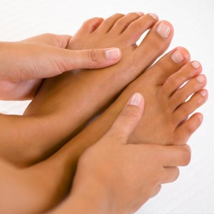 Болит большой палец на ноге в суставе как лечить и чем причины боли