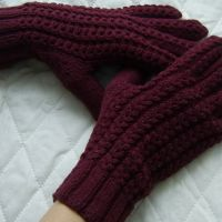 Нити для вязания перчаток