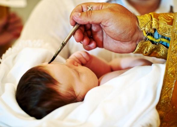 Почему беременной женщине нельзя крестить ребенка 81