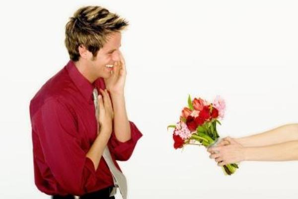 Если мужчина не дарит цветы и подарки советы психолога 91