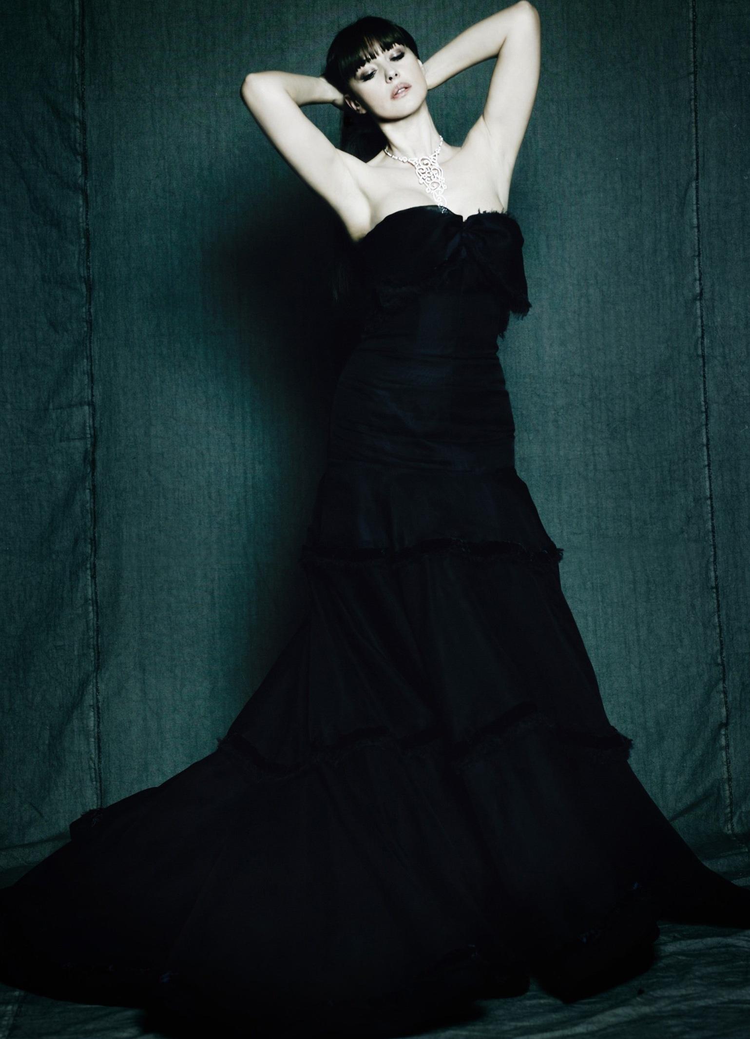 Фото девушка с белой розой позы 8 фотография